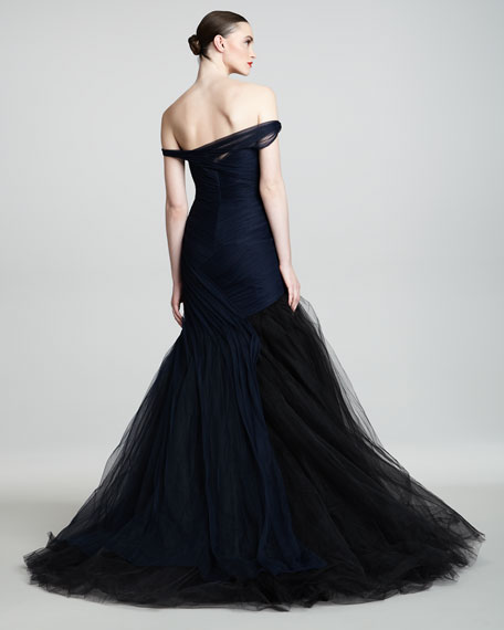 Off-the-Shoulder Tulle Trumpet Gown