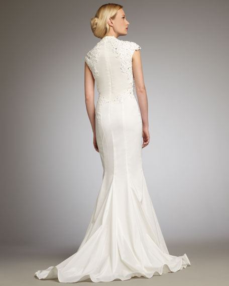 Cap-Sleeve Lace Mermaid Gown