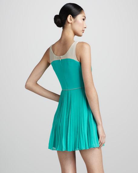 Sleeveless V-Neck Chiffon Dress