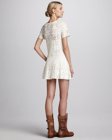 Beautiful Dreamer Lace Dress