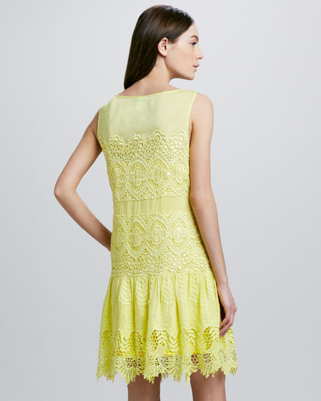 Floral-Hem Mixed Lace Dress