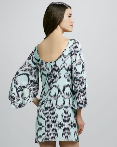 Butterfly-Sleeve Printed Shift Dress