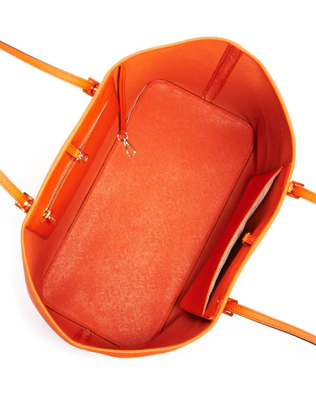 Jet Set Travel Logo Medium Travel Tote, Tangerine