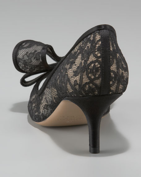 Couture-Bow Lace Pump
