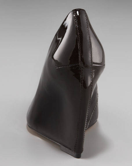 Patent Pointed-Toe Wedge