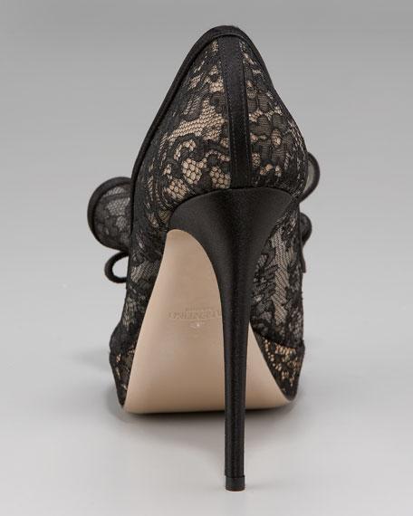 Couture Lace Platform Pump
