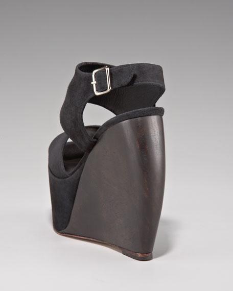 Estrella Wedge Sandal