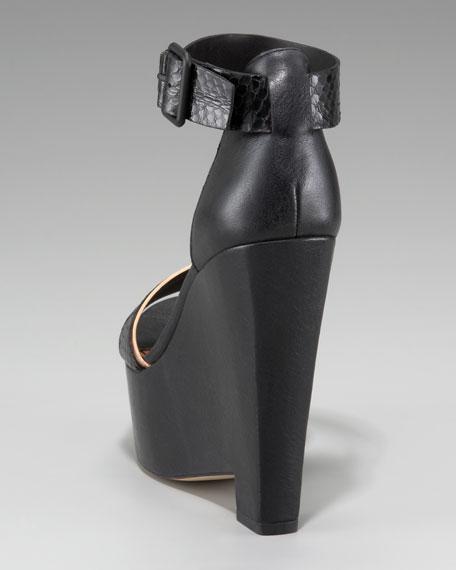 Sibil Wedge Sandal
