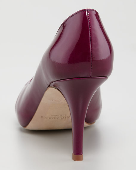 billie patent peep-toe pump