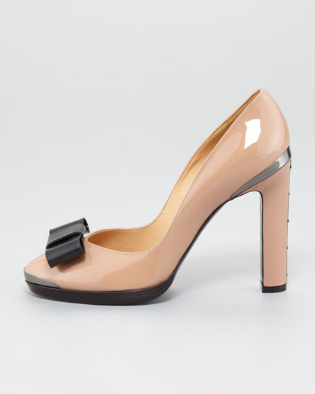 Bow-Toe Patent Leather Pump