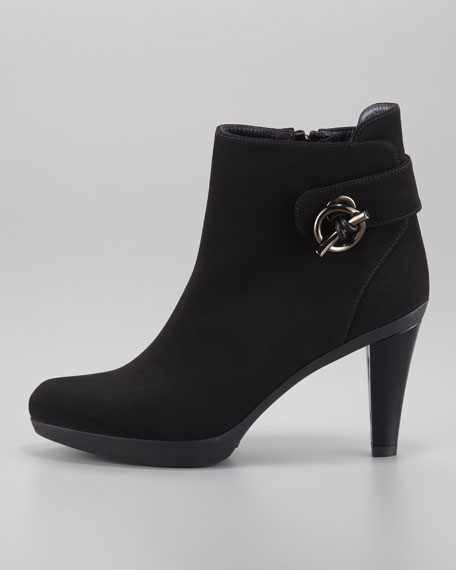 Ringgore Toggle-Detailed Ankle Boot