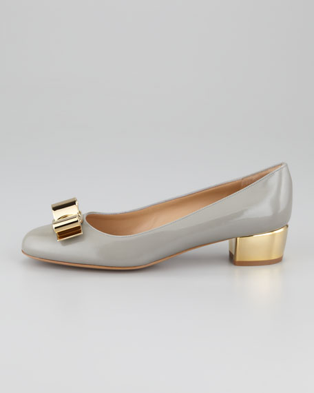 Saphir Metal Detail Leather Pump, Shell Gray