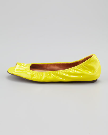 Peep-Toe Scrunched Patent Leather Ballerina Flat, Citron