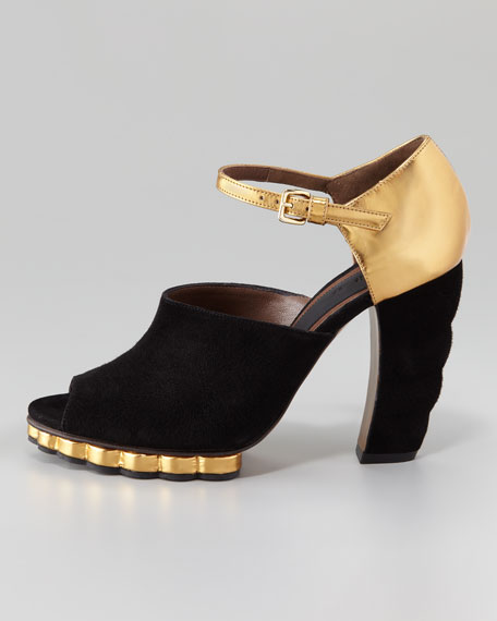 Scalloped-Platform Mary Jane Sandal