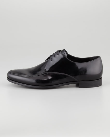 Stitched-Toe Lace-Up Derby Shoe