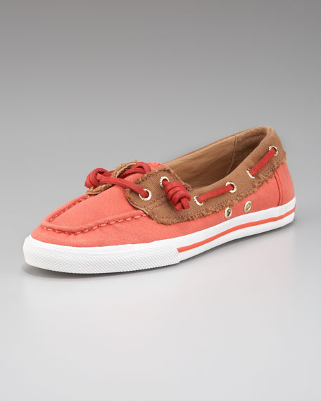 Val Canvas Laced Boat Shoe