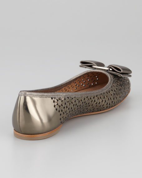 Shelly Bow Cutout Patent Flat, Sheffild/Mercurio