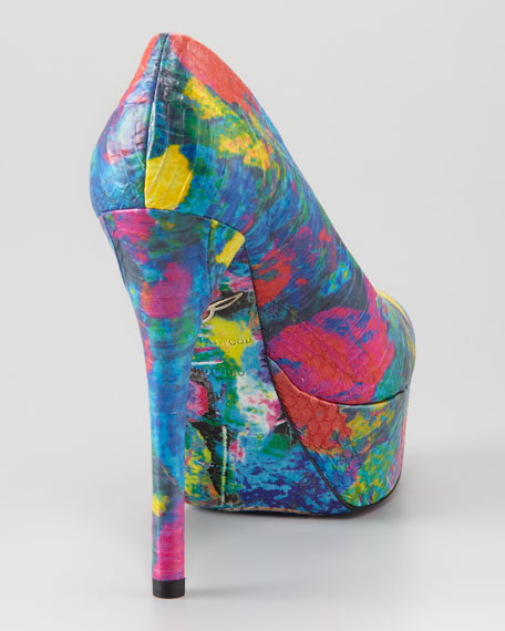 Painted Snake-Embossed Platform Pump