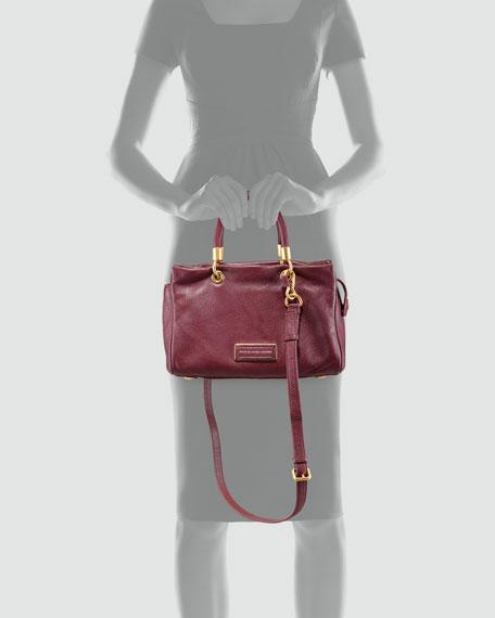 Too Hot to Handle Small Zip Satchel Bag, Cardamom