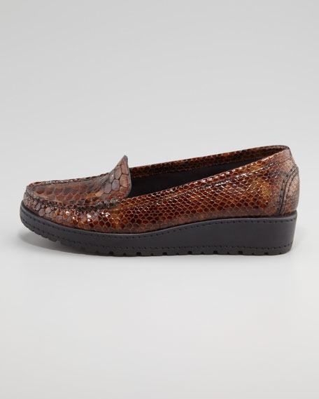 Nice Snake-Embossed Loafer