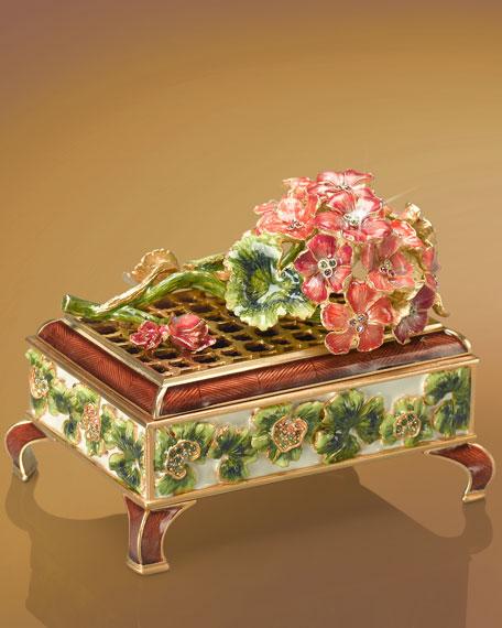 """Marianna"" Geranium Box"
