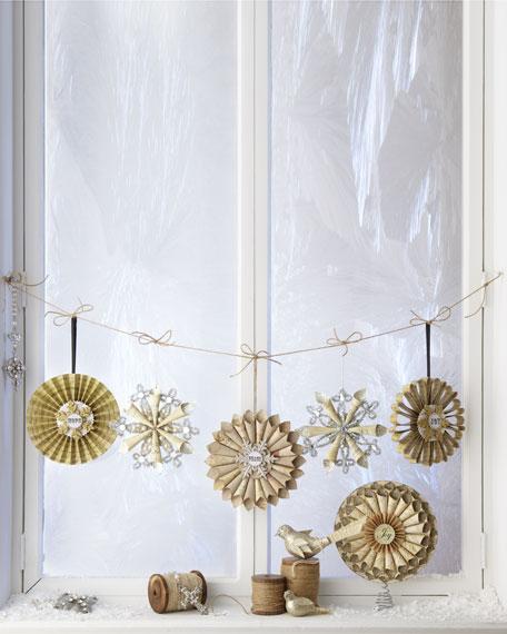 """""""Joyeux Noel"""" Rolled Paper Christmas Tree Topper"""