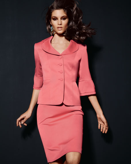 Half-Sleeve Petal Collar Suit