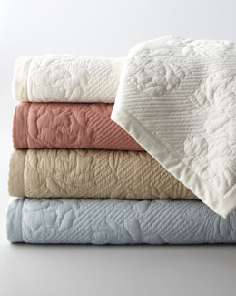 "NM EXCLUSIVE ""Annabelle"" Quilted Bedding"