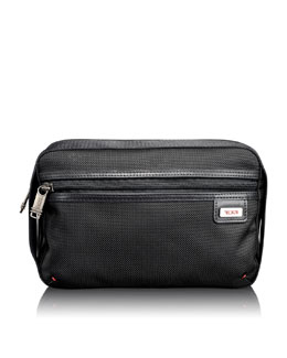 "Tumi ""Alpha Bravo"" Black Riley Kit"