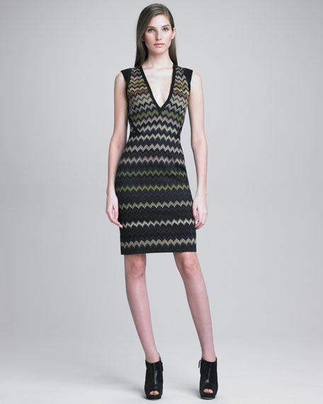 Zigzag Knit Fitted Dress
