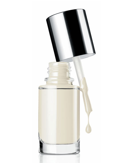 A Different Nail Enamel for Sensitive Skins, Call My Bluff