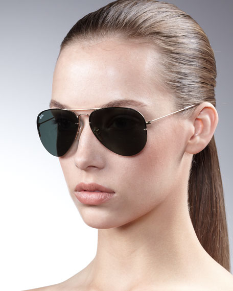 Light Ray Aviator Sunglasses