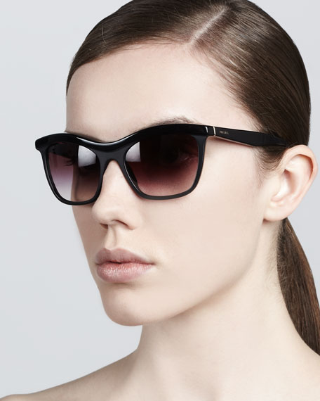 Defined-Bridge Sunglasses, Black