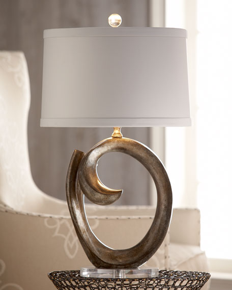 Full Circle Lamp