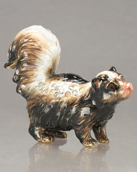 """Cole"" Skunk Mini Figurine"