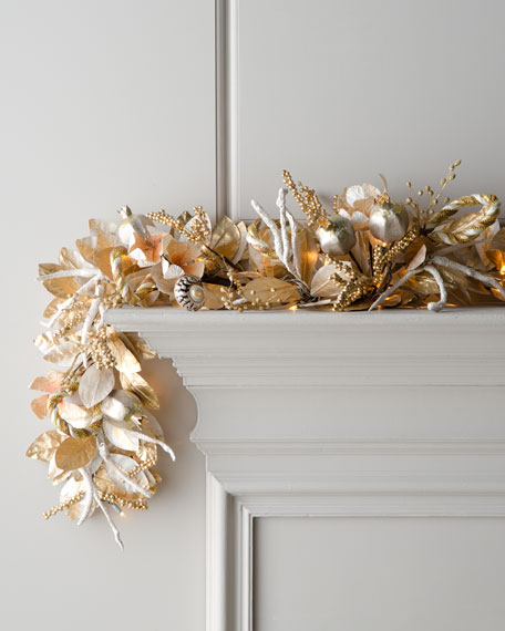 """Champagne Frost"" Pre-Lit Christmas Garland"