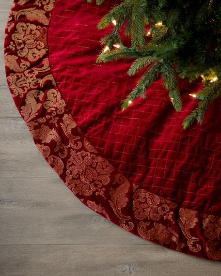 """Bordeaux"" Quilted Tree Skirt"
