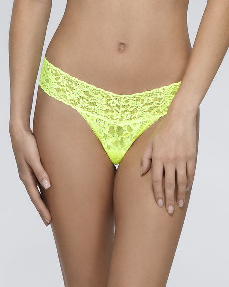 Signature Lace Low-Rise Thong, Glow Stick