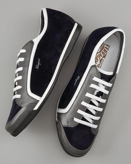 Freedom Sneaker