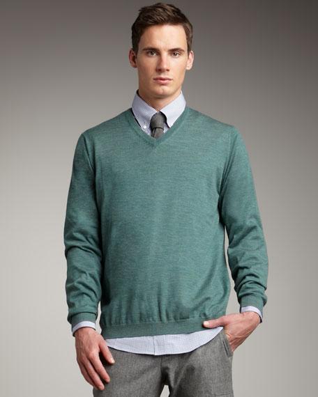 Fine-Gauge V-Neck Sweater, Green