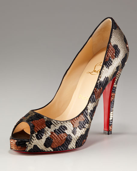 Very Prive Leopard-Sequined Pump
