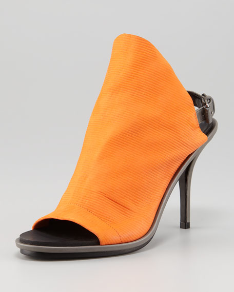 Ribbed Leather Glove Slingback