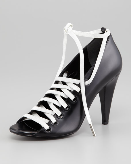 Bobine Open-Toe Lace-Up Pump