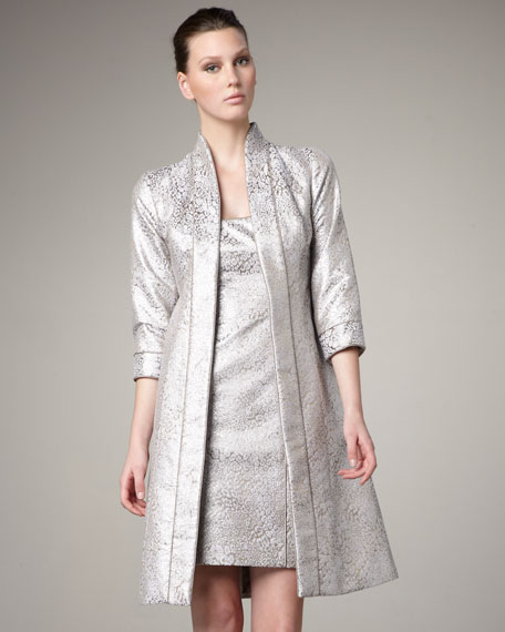 Three-Quarter-Sleeve Brocade Coat