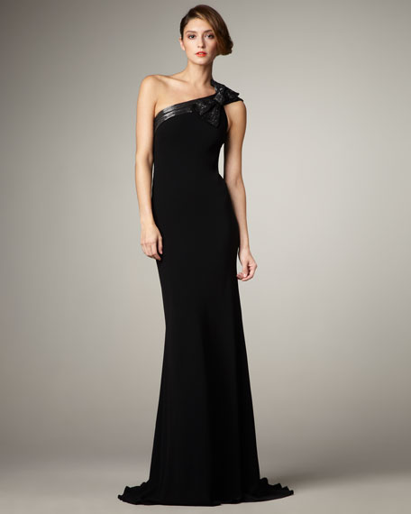 Carmen Marc Valvo Bow-Detail One-Shoulder Gown