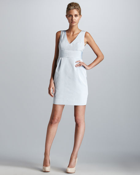 Edeline Sleeveless V-Neck Dress