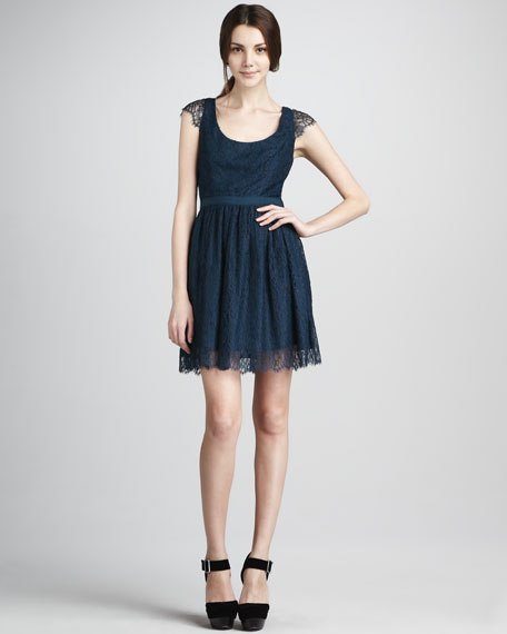 Risa Cap-Sleeve Lace Dress