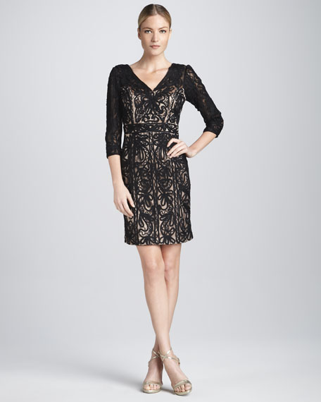V Neck Dress with Three-Quarter Sleeves