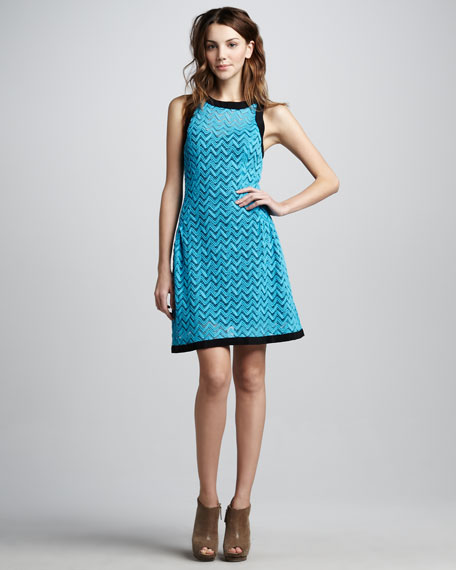 Groovy Lace Sleeveless Dress