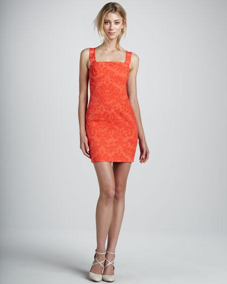 Sleeveless V-Back Shift Dress